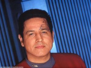 Voyager - Bemanning = Chakotay 2