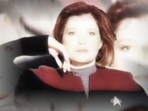 Voyager - Bemanning = Katryn Janeway 14
