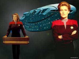 Voyager - Bemanning = Katryn Janeway 8